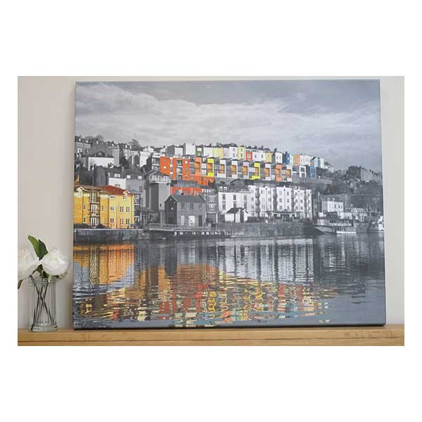 Canvas-Reflections-at-Harbourside